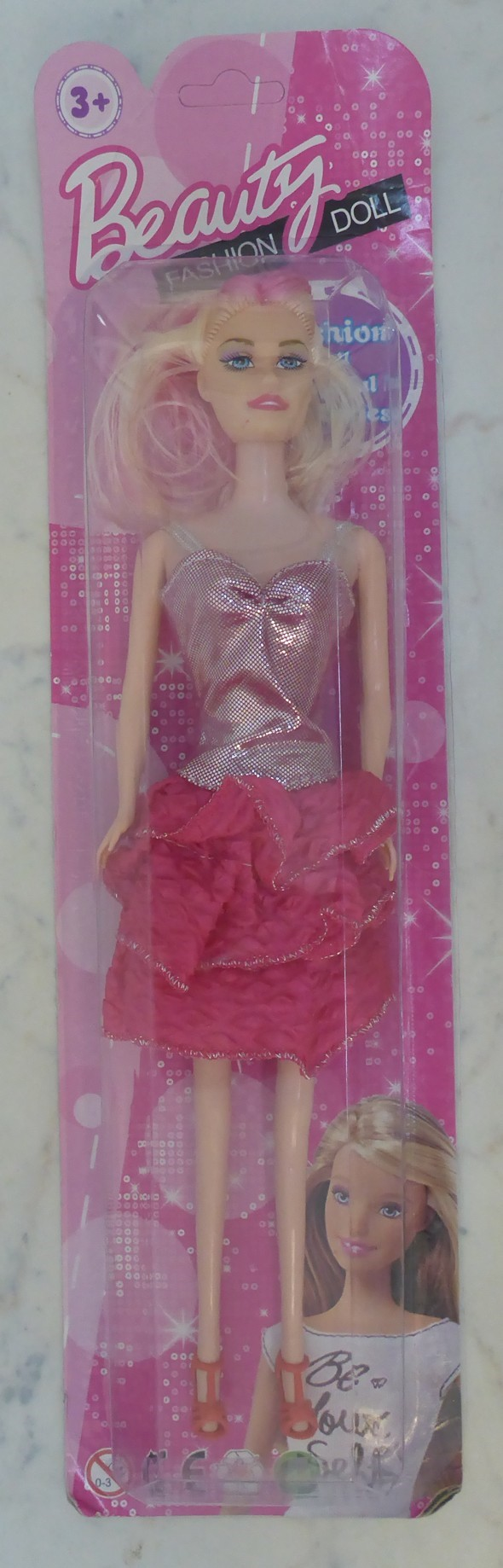 nv_babika_typu_barbie1