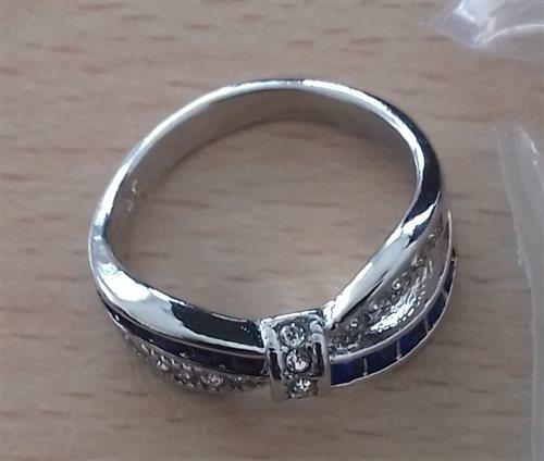 prsteň č